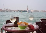 A glass of prosecco on Giudecca